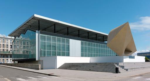Façade du Musée André Malraux du Havre